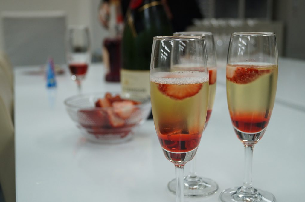 клубника в шампанском