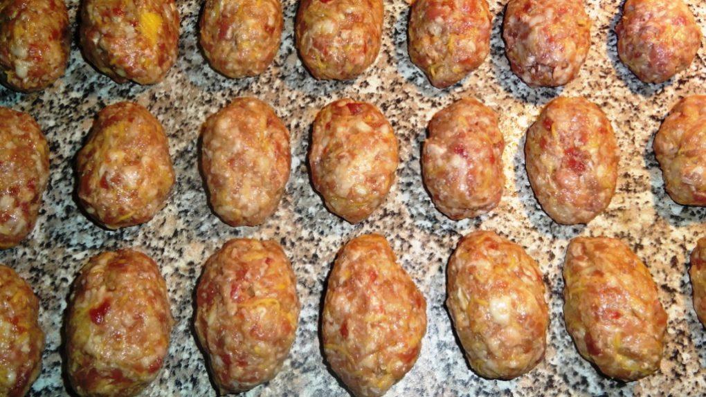 Котлеты из фарша с картошкой